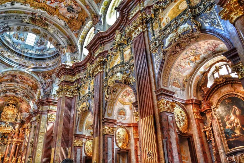 Baroque Music Characteristics-Everything you need to know.